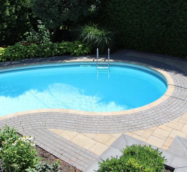 Autour de la piscine
